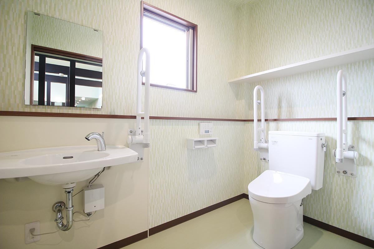 シェアハウスみちこの家_2Fトイレ